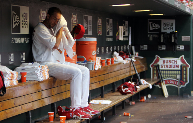 The heat has been turned up on Adam Wainwright and the St. Louis Cardinals in the NL Central